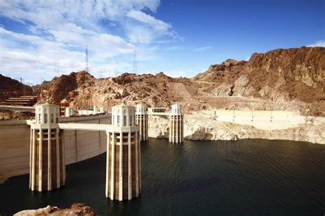 hoover dam boat tours hoover dam and lake mead cruise tour on the desert
