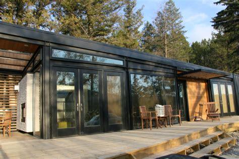 modern prefab cabin karoleena prefab home modernprefabs com