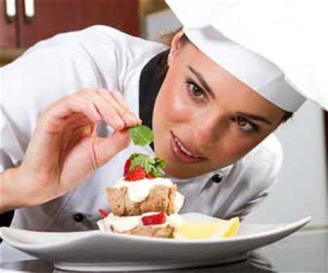 Working Conditions Of A Pastry Chef by In The Kitchen Chef And Cooking Working Conditions And Hours