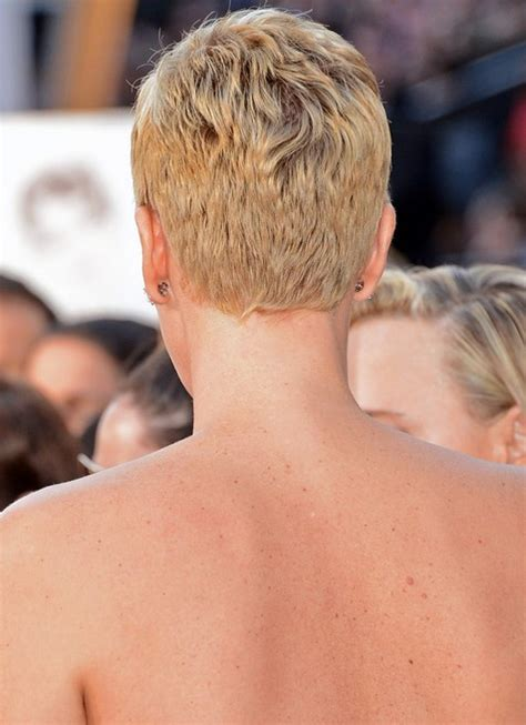 trimming the back of a pixie cut with a razor 60 hottest celebrity short haircuts for 2018 styles weekly
