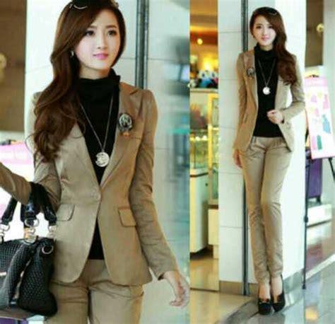 Baju Dinas Pemda Model Baju Dinas Untuk Pegawai Swasta Wanita