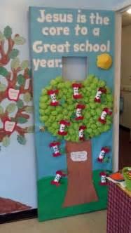 another great door decoration idea preschool back to