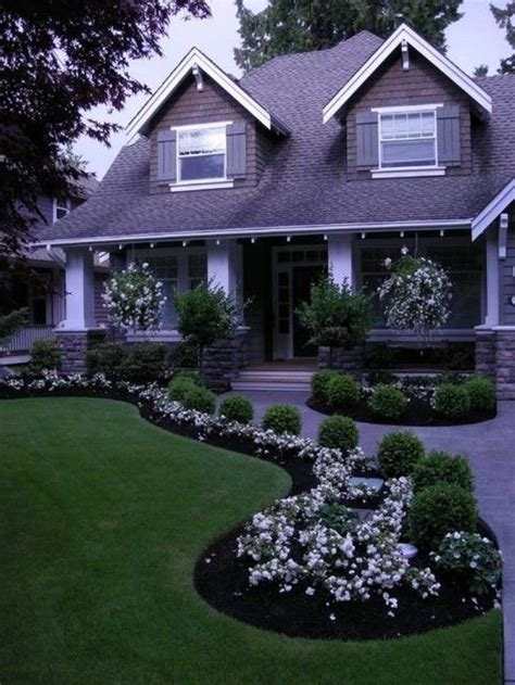Front Door Landscaping Ideas What A Beautiful Modern Landscape Design That Really Draws Focus To The Front Door As Any
