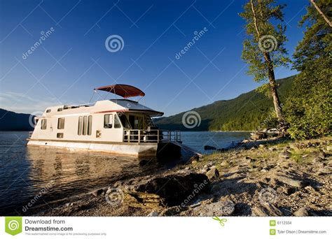 luxury boat houses luxury house boat stock images image 6112334