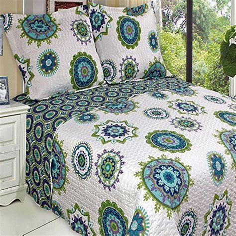 organic quilts and coverlets 1000 ideas about bohemian bedding sets on pinterest