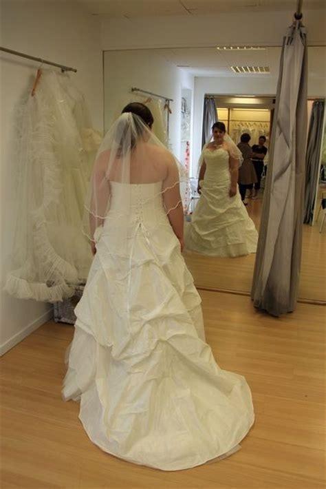 Robe De Mariée D Occasion 11 - robes de mariee d 233 fil 233 robe de mari 233 e 2012