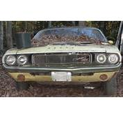OMG LOOK WHAT WE FOUND 1970 DODGE CHALLENGER RT  FIELD FIND 383