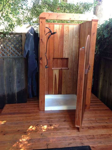 Outdoor Showers by 1000 Ideas About Outside Showers On Outdoor
