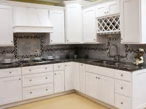 White Shaker Cabinets Kitchen by White Shaker Kitchen Cabinets Car Tuning