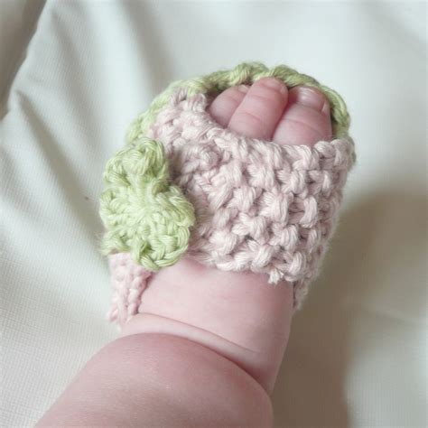 knitted baby sandals baby knit sandals knitting pattern baby peeptoe sandals