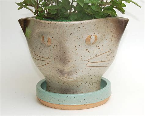 face planters cat face planter ceramic art by lisa sowers