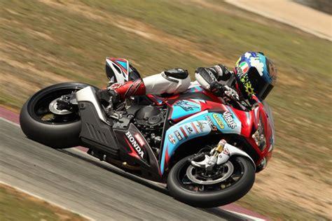 Motorradverleih Isle Of Man by Testbericht Dunlop Racingreifen 1000ps At