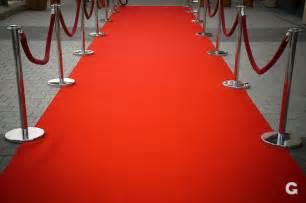 absperrung roter teppich roter teppich mit absperrung carpet with barrier