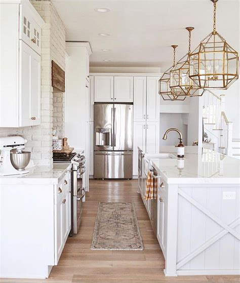 white kitchen cabinets with gold hardware 15 inspirational white kitchen cabinets with gold hardware