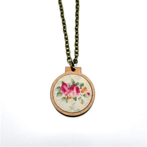 embroidery necklace mini embroidery hoop necklace shabby chic gorgeous by