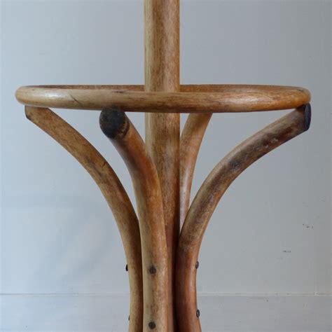 portemanteau perroquet en bois courb 233 lignedebrocante brocante en ligne chine pour vous