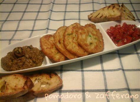 frittelle di fiori di zucchina frittelle di fiori di zucchina e farina di farro ricetta