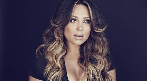 Tamia's 'Love Life' is grown-up, worn-in R&B at its finest ... Tamia