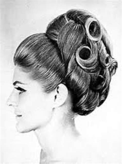 star trek sixties hairstyles if your space pirate is a space pirate on star trek tos