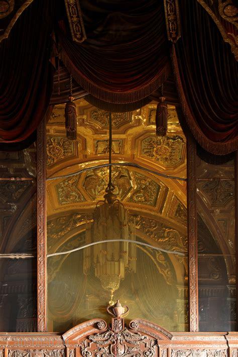 Home Theatre Oktober theatre 36 anshitsu lost and forgotten places