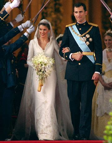 s matchmaking the royal marriages that shaped europe books royal wedding gowns on royal wedding dresses