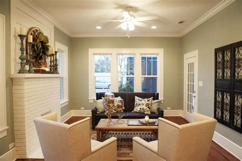 magnolia homes paint colors fixer upper sherwin williams silver strand furniture