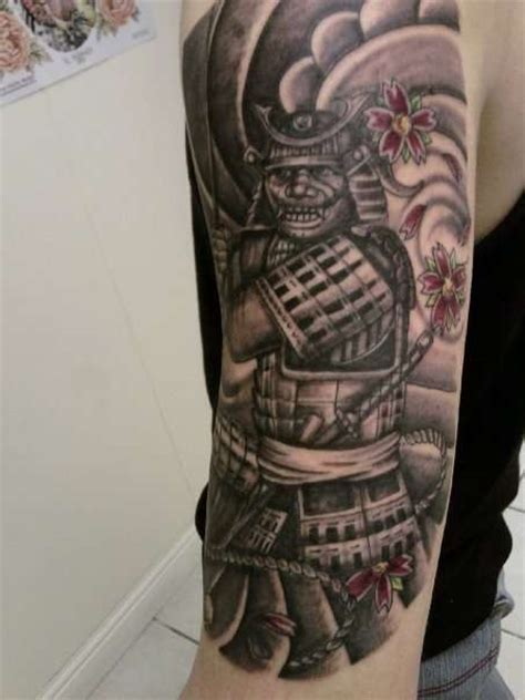 samurai warrior sleeve tattoos designs japanese samurai warrior on half sleeve samurai