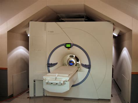 Tesla Mri Machine Siemens 7 Tesla Whole Mri Radiology