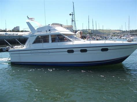 motor boats for sale plymouth princess 35 flybridge plymouth devon brick7 boats