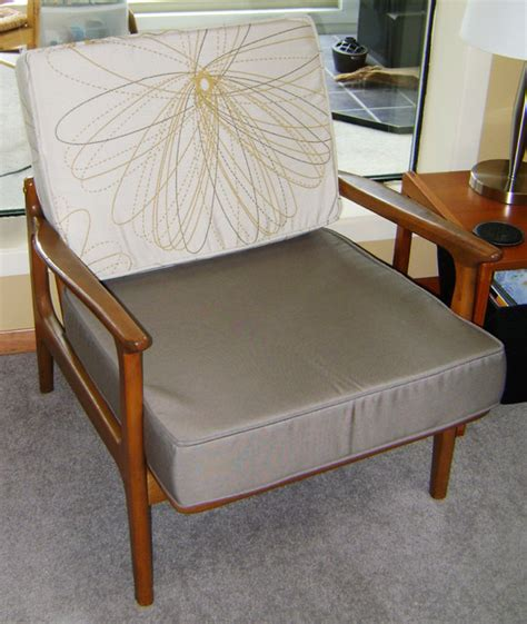 mid century modern living room chairs mid century modern furniture cushions midcentury