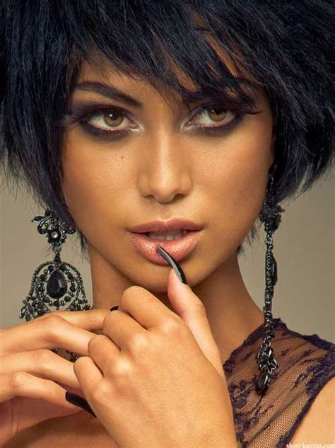 inverted bob hairstyle  black women short hairstyles