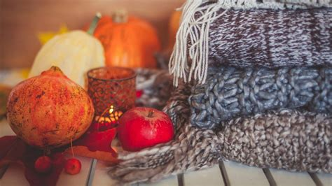 fall decorations   home cozy  dark colors