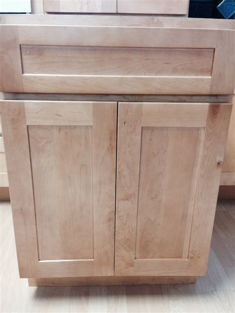 Natural American Maple Shaker Kitchen Cabinets Photo Album
