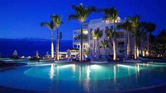 palm hotels on the luxurious regent palms hotel in turks and caicosglamorous