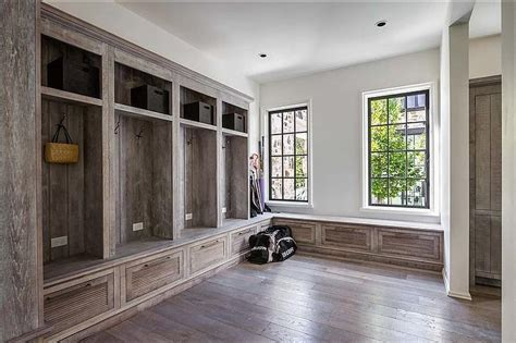 rustic laundry room country mudrooms pinterest rustic mudroom lockers country laundry room