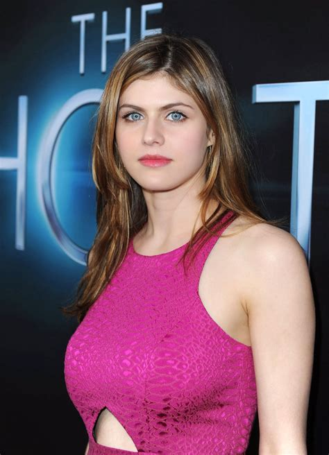 Alexandra Daddario Hd Wallpapers Hd Wallpapers Blog