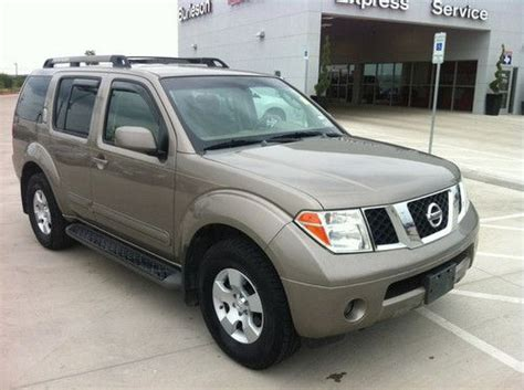 find used 2007 nissan pathfinder se 2wd suv 4d 3rd row in