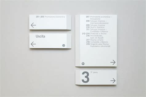 commercio di como 283 best images about signage design on