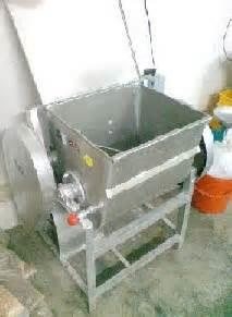 Mesin Buat Pelet Ikan Malaysia royale agro integrated farm mesin mixer pengadun untuk