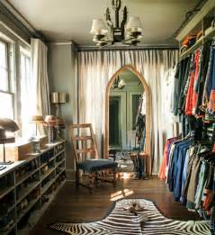 Decorating Ideas For Small Dressing Room Best Tips On How To Decorate Your Closet