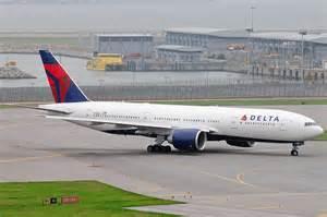 American Airlines 777 200 Interior File Delta Air Lines Boeing 777 200lr N710dn Hkg 2010 6 6