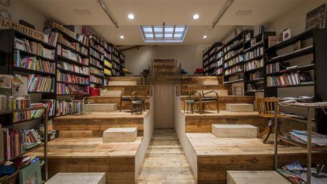 libreria libri usati firenze le 10 librerie e biblioteche pi 249 d italia