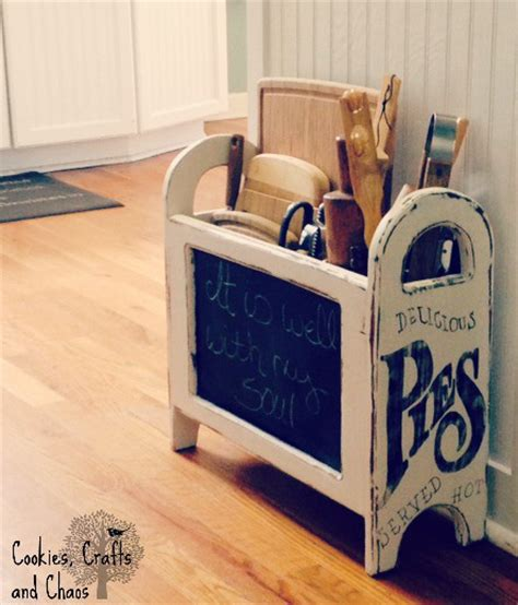 upcycled magazine rack beyond the picket fence vintage inspiration
