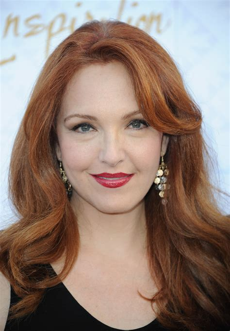 how to get julianne moores red hair color how to get julianne moores red hair color a photo gallery