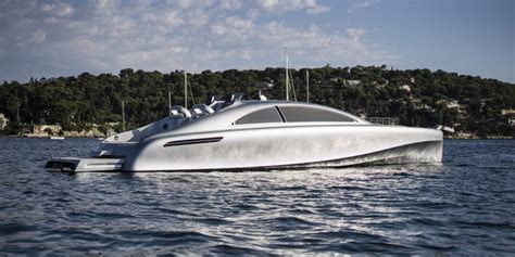 mercedes yacht mercedes luxury yacht arrow460 granturismo simplemost