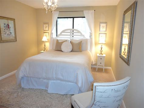 Guest Bedroom Ideas On Livelovediy Guest Bedroom Makeover