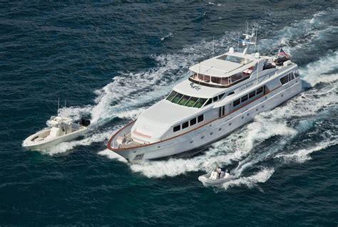 large yachts  sale worldwide