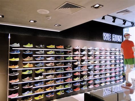 athletic shoe stores girardi running store by forma arquitetura caxias do sul