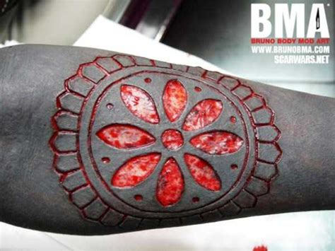 skin carving tattoos incomprehensibly tattoos carved in skin 32 photos