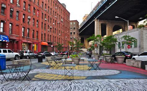 Walking On Street Art In Brooklyn Love Antoinette